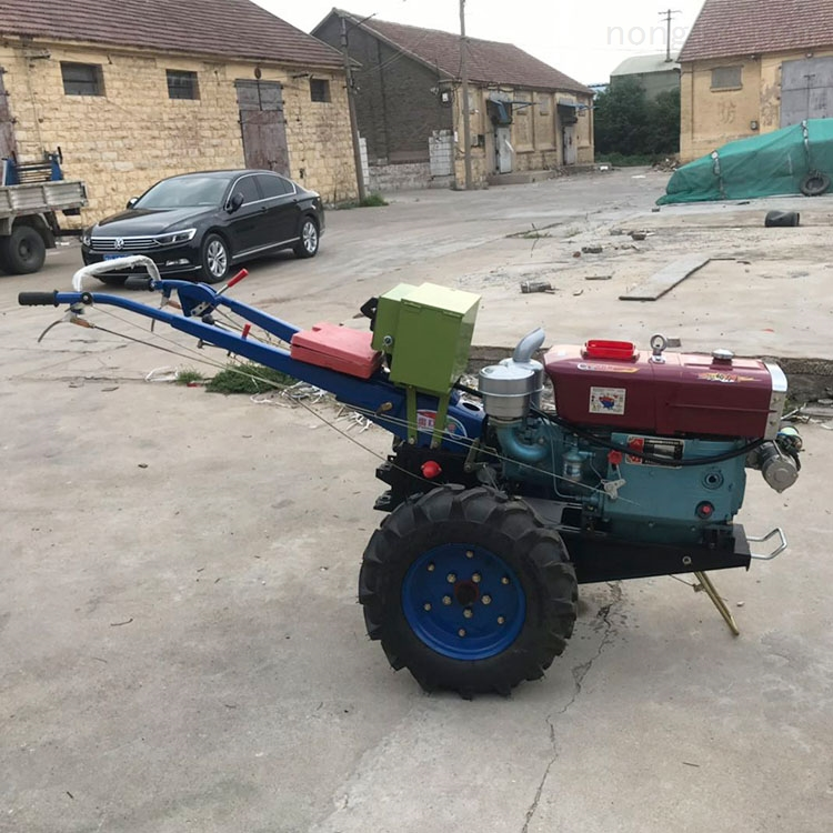 单缸手扶拖拉机